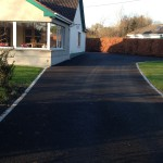 137773584_house-with-tarmacadam-driveway